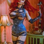 Eskortlar Bursa Irisha peaks with her sexual form in this appetizing picture in which her breasts are about to fall out from the netted gown