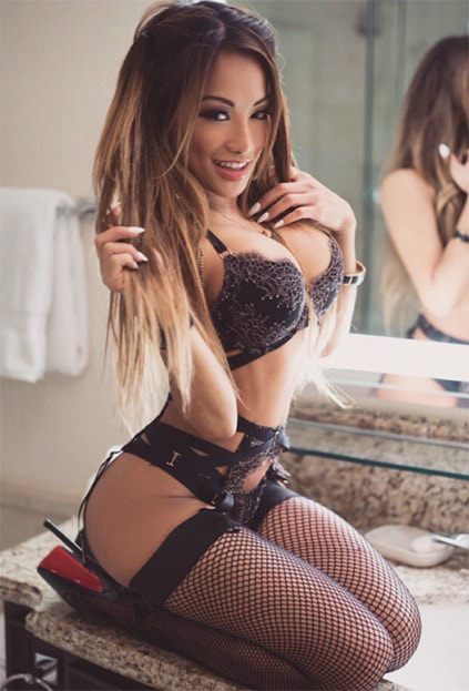 Escort Bursa Whatsapp love giver Dinara is an exotic lover from Kazakhstan country – mid-East, which is the cradle of many great-looking girls with unusual outwardly appearance